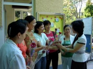 Practises for Receiving Gifts in China