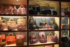 Replica Handbags at Guangzhou Baiyun International Leather Wholesale Market