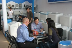 Arrange meetings with Chinese manufacturers during the 114th Canton Fair