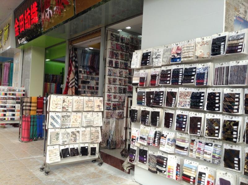 Fabric shop on the roadsize of zhongda fabric market-3