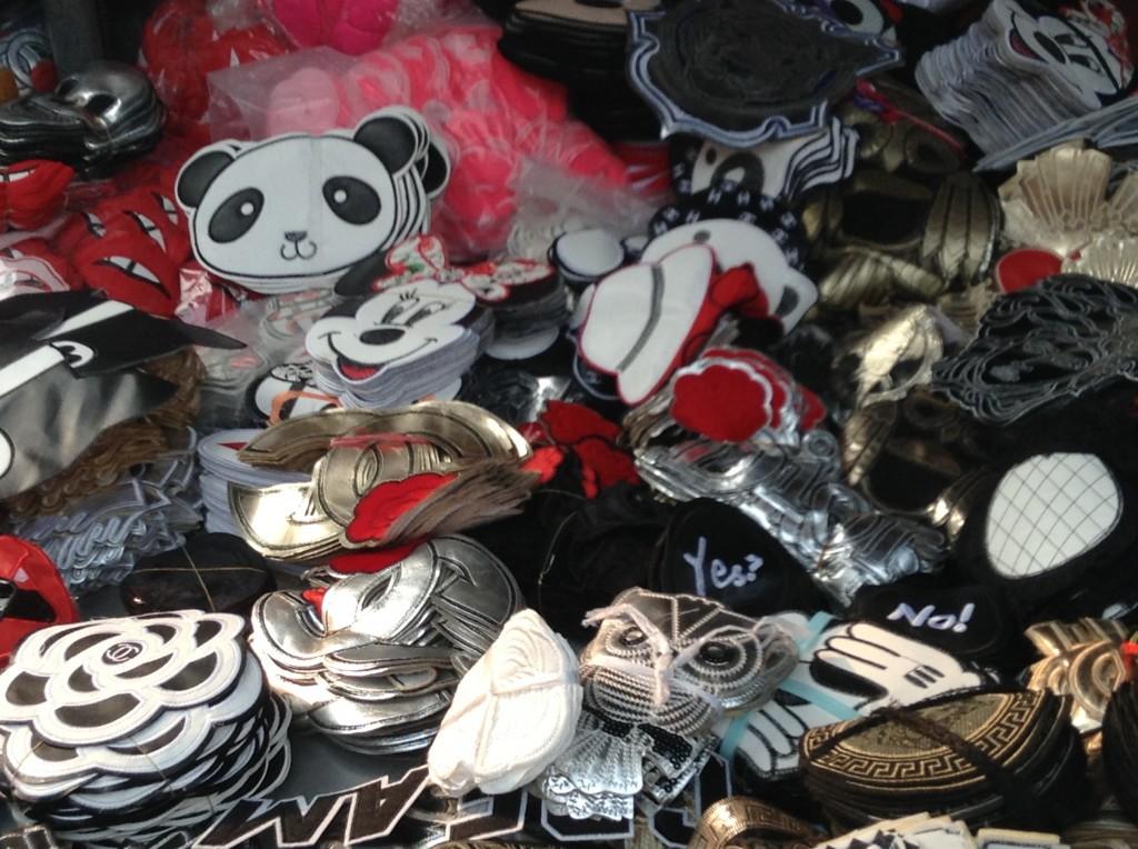 Shop in Changjiang Fabric Market-5
