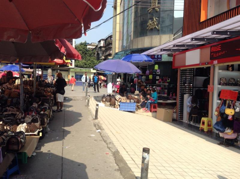 Handbag Shops on both sides of the street in Zi Yuan Gang-2