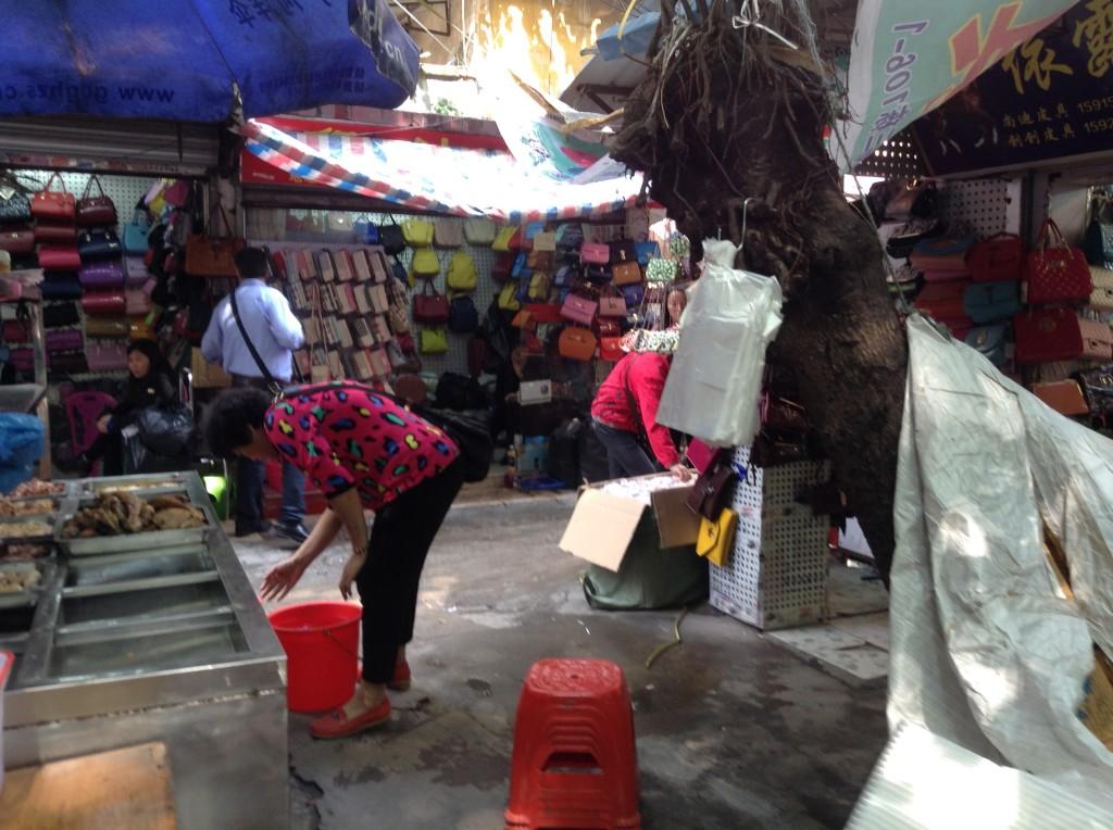 Small Street in Shui dian jie handbag market-4
