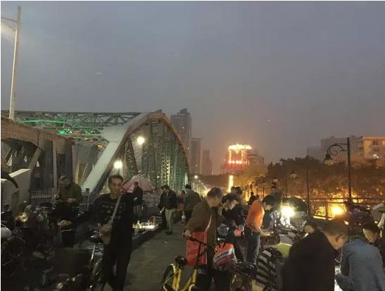Dawn Market in Guangzhou, China-2