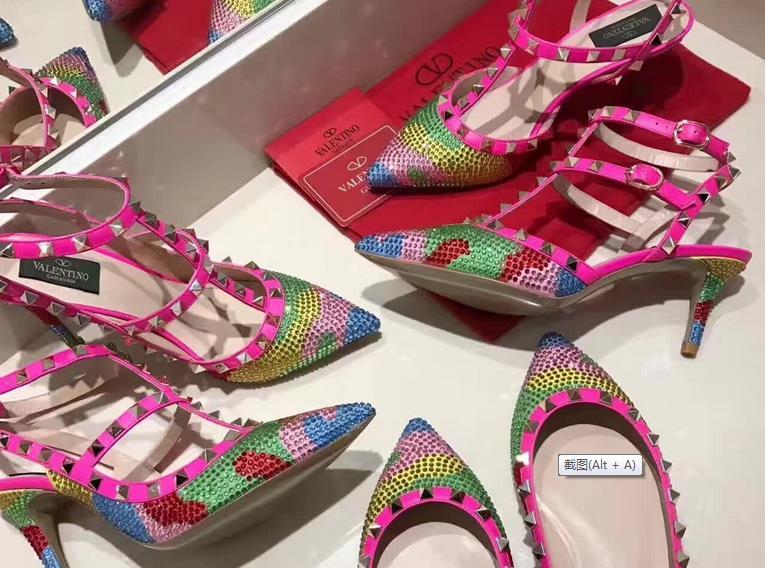 Fake shoes in Guangzhou Guoda copy shoes wholesale market