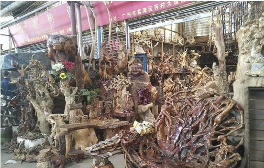 Shops in Lingnan Flower Market in Guangzhou, China-3
