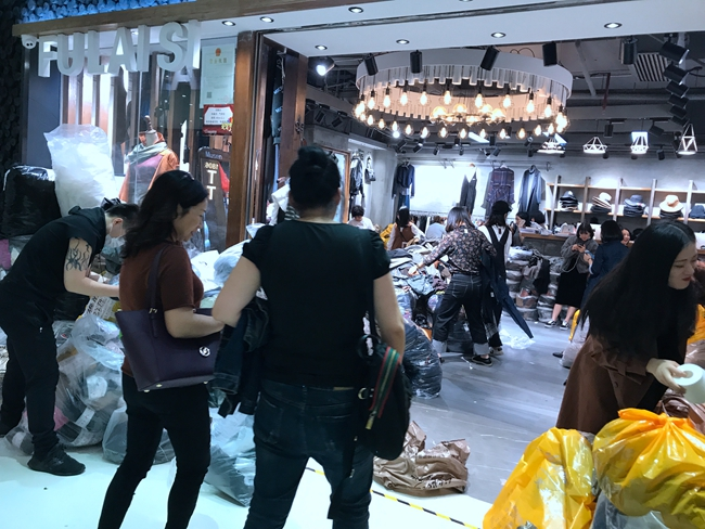 Inside Kapok Intl Fashion City in Guangzhou, China-3