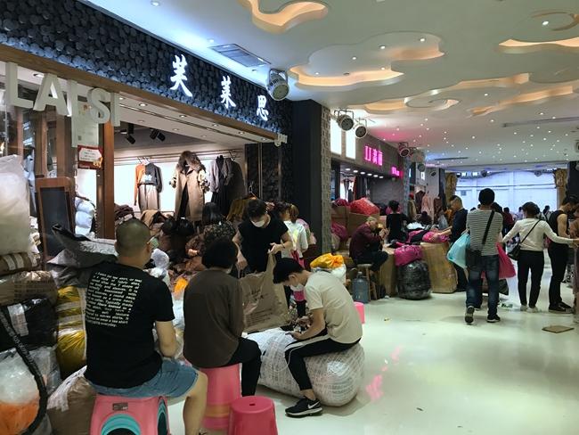 Inside Kapok Intl Fashion City in Guangzhou, China-4