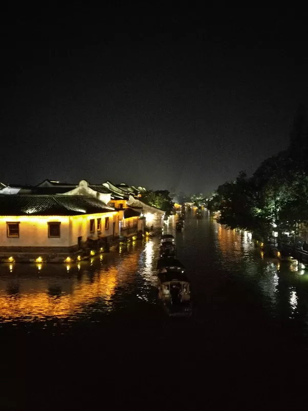 The Water Town of Wuzhen in China-1