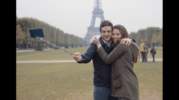 iPhone Case with an Integrated Selfie-stick