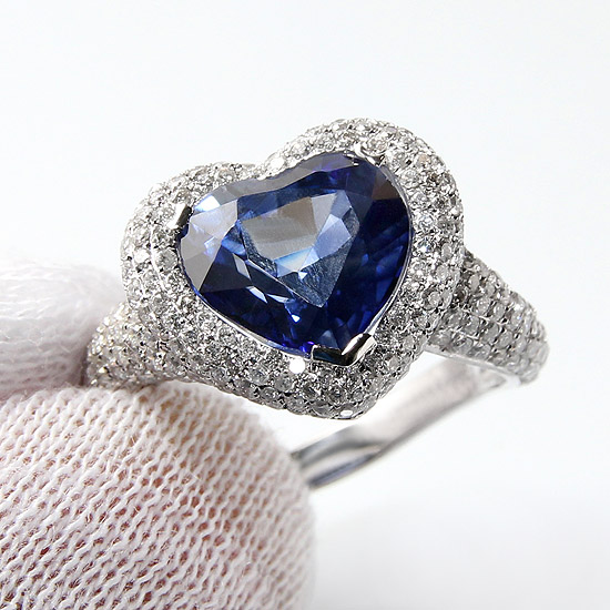 Chopard ceylon sapphire diamond ring by our Italian designer in China